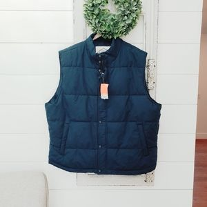Mens St. John's Bay puffer vest XL